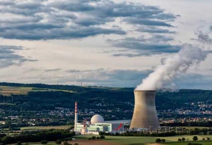 Права ли Швейцария, отказываясь от ядерной энергии?