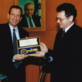 C Роном Хульдаи, мэром города Тель-Авив, Израиль 1999 год