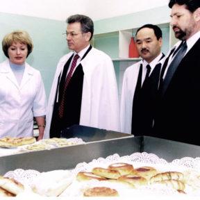 Le pain est cuit dans ces ateliers