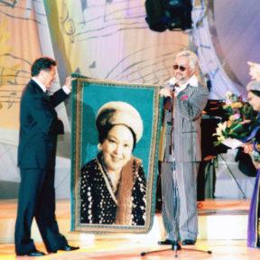 На юбилейном концерте народной артистки СССР Р. Баглановой