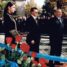 Открытие памятника А Пушкину 1999 год