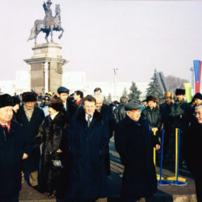 Открытие памятника Аблай Хану 16 декабря 2000 год
