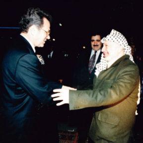 Председатель ПНА Ясир Арафат