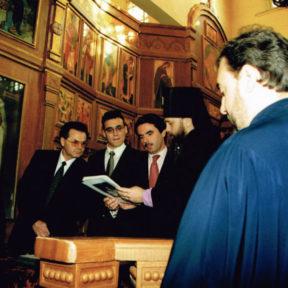Премьер-министр Испании г-н Хосе́ Мари́я Асна́р Ло́пес