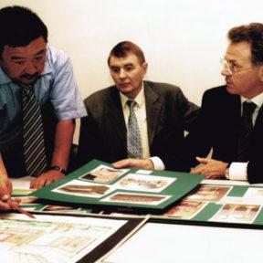 Рабочие моменты при строительстве Пассажирского терминала Аэропорта города Алматы 2000 -2002 годы