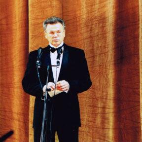В. Храпунов на сцене Большого театра. Открытие Дней культуры Алматы в Москве
