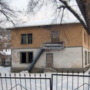 Verlassenes Schulgebäude in Almaty