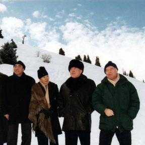 В. Храпунов, А. Акаев, М. Акаева, Н. Назарбаев, И. Каримов 2001