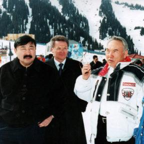 Саммит глав государств СНГ, Чимбулак Т. Досмухамбетов, В. Храпунов, Н. Назарбаев, г. Алматы февраль – март 2003