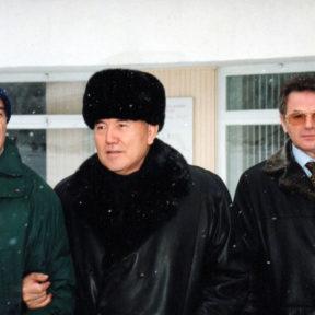 Встреча руководителей государств Центрально-Азиатского Содружества, И. Каримов, Н. Назарбаев, В. Храпунов 06 января 2001