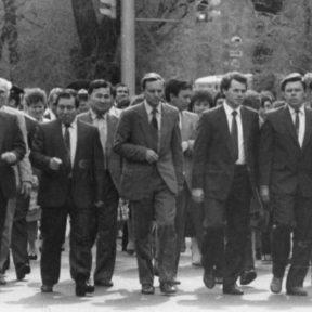 К месту захоронения воинов ВОВ 1988