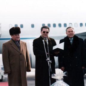 З. Кабдошев, З. Нуркадилов, В. Храпунов, Н. Назарбаев, О. Байгельди 1997